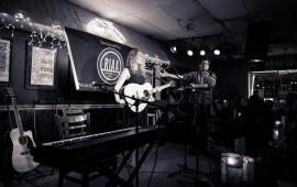 Ulrika Ölund www.ulrikaolund.com Live at Bluebird Café Nashville USA 2015